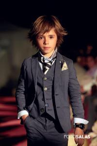 traje moderno niño comunión