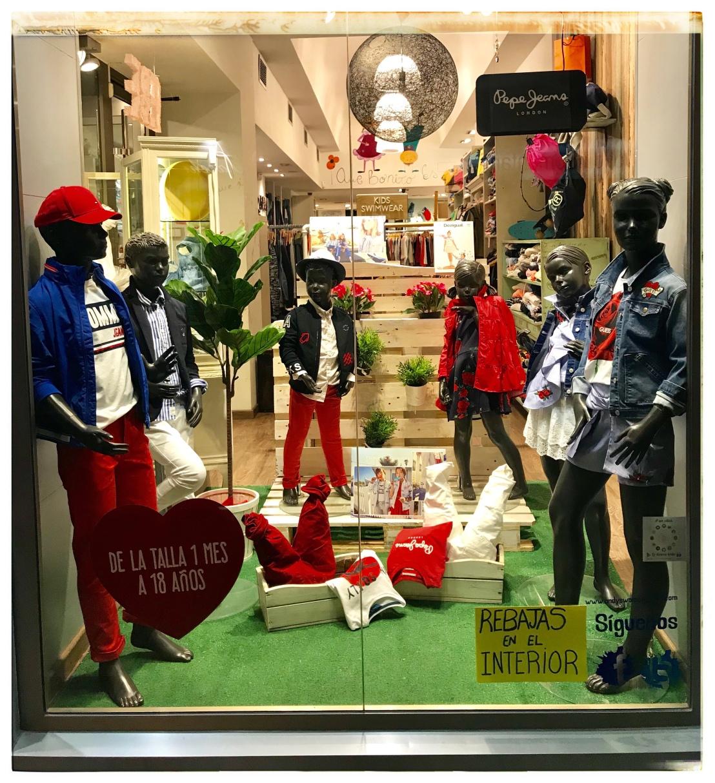 845fc55a55f Ven a ver la nueva colección Primavera – Verano para kids y junior a Andy's  & Woman Junior. Tenemos un montón de cosas súper chulas!!