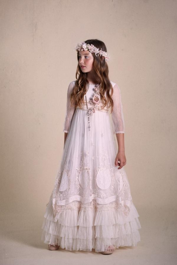 Vestidos-de-comunión-2020-21-e1570725182526