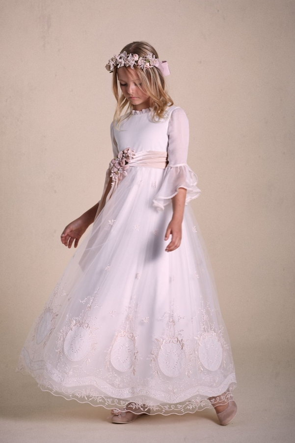 Vestidos-de-comunión-2020-26-e1570725168513