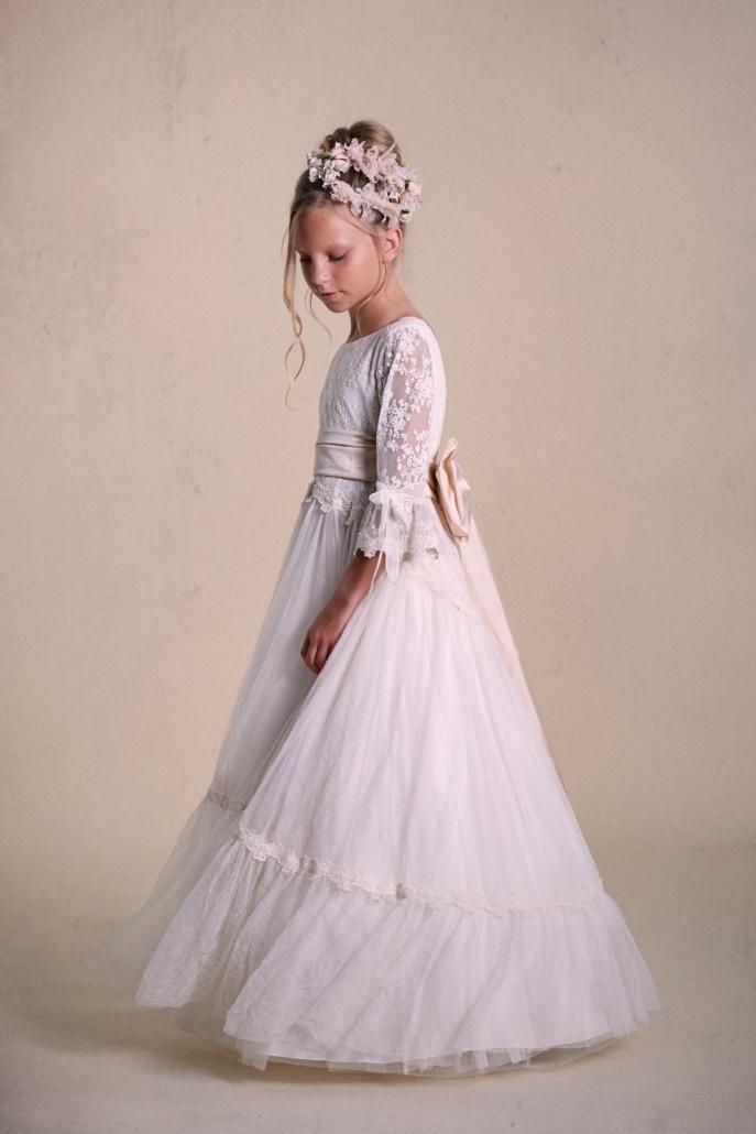 Vestidos-de-comunión-2020-6-e1570196602970-687x1030