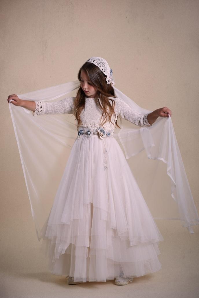Vestidos-de-comunión-2020-75-e1570197221481-688x1030
