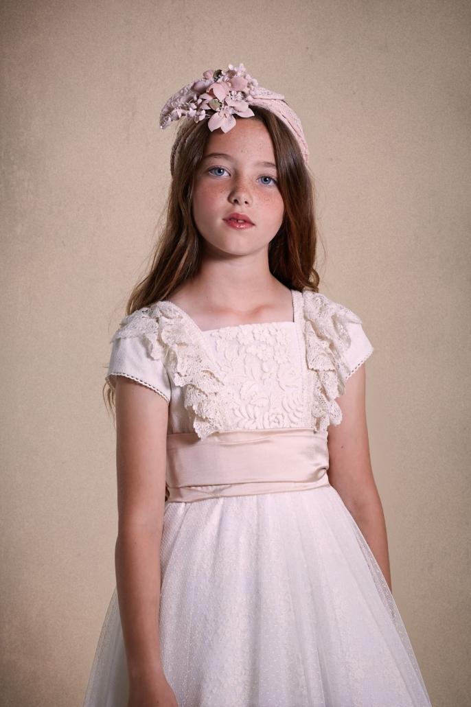 Vestidos-de-comunión-2020-94-686x1030